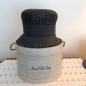 Beautiful Vintage Black Straw Hat! 👒🎩